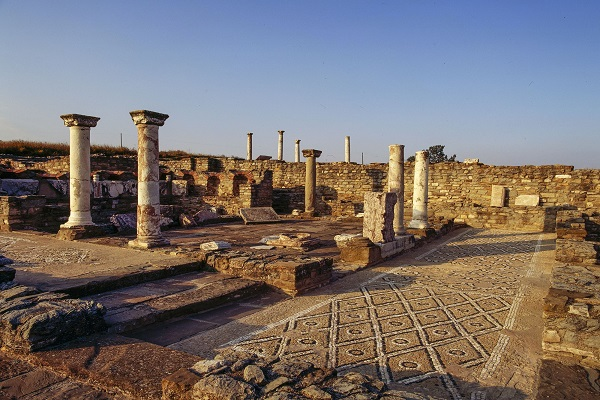 Ancient Macedonia was the home of King Phillip and Alexander4